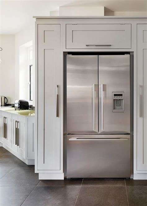 Pantry Cabinets around Refrigerator | Cabinets build