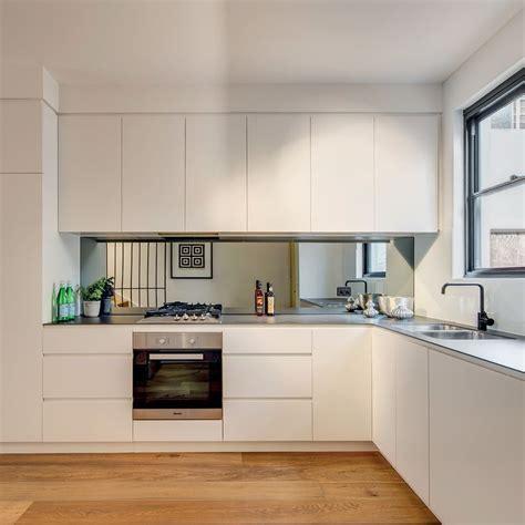 mirrored kitchen cabinets modern kitchen decor with mirrored splashback kitchen