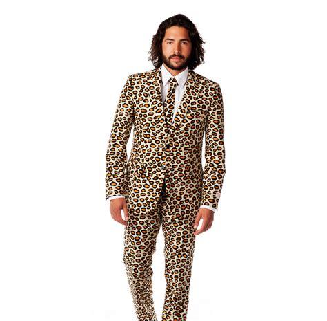 plateau canapé oserez vous porter ce costume pour noël look mode