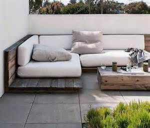 eckbank fã r balkon balkon eckbank ein tolles möbelstück
