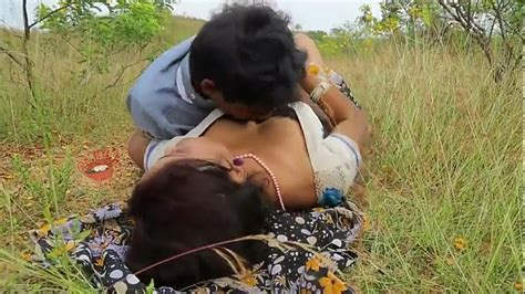 Sexi Village Aunty Has Her Boobs And Ass Pressed
