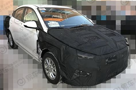 hyundai verna yuena facelift spied    time