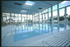Piscine St Germain Du Puy : novotel senart golf greenparc hotel st pierre du perray ~ Dailycaller-alerts.com Idées de Décoration