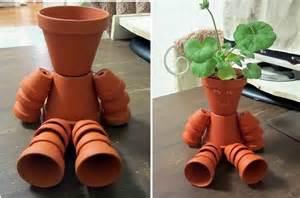 Pot De Fleur En Terre Decore by Diy Clay Pot Flower People The Owner Builder Network