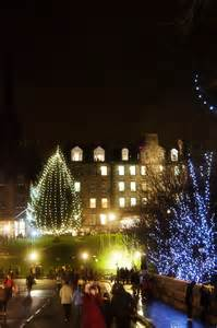 edinburgh s christmas light night fourtheye photography