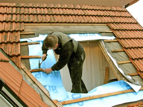 dachfenster einbauen kosten dachfenster einbauen vorteile kostenfaktoren dachdecker