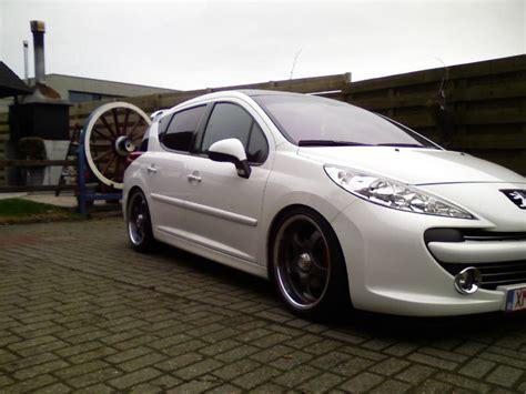 Twoofive 2007 Peugeot 207 Specs, Photos, Modification Info