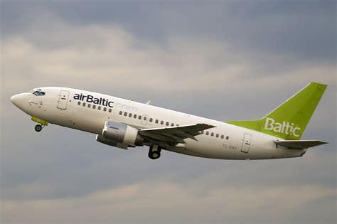 File:Air Baltic B735 YL-BBF.jpg - Wikipedia