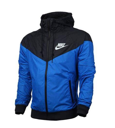 Blusa impermeável Nike para enfrentar climas extremos