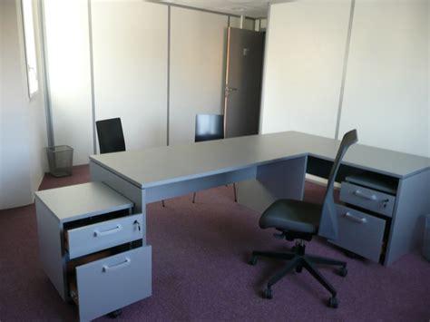 recherche bureau à louer recherche bureaux à louer équipés de 15 m2 et plus