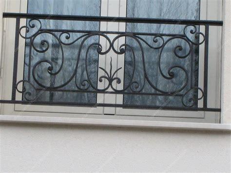 siege d atelier appuis de fenêtre en fer forgé traditionnels modèle