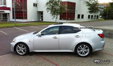 lexus   car photo  specs