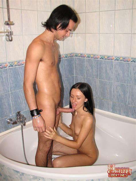 Amateur Sex In Shower Pichunter
