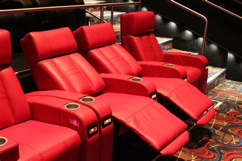 theaters  adding comfy seats booze