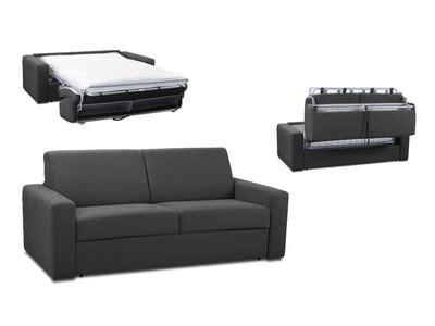 canapé avec pouf intégré le canapé lit idéal pour loger ses invités