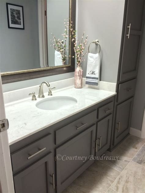 grey  white bathroom behr paint  color