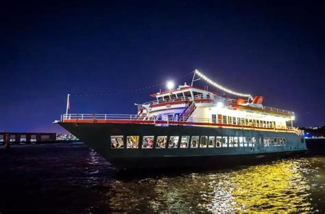 Nyc Boat Tours by The Best Nyc Boat Tours Dinner Cruises