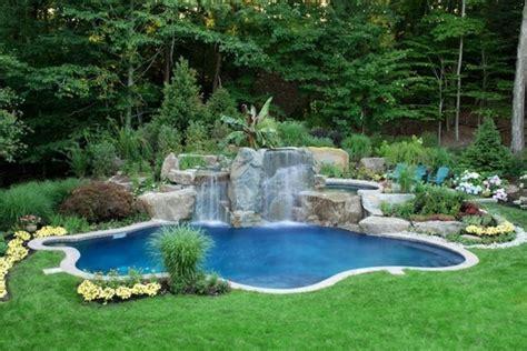 1001 mod 232 les spectaculaires de piscine avec cascade