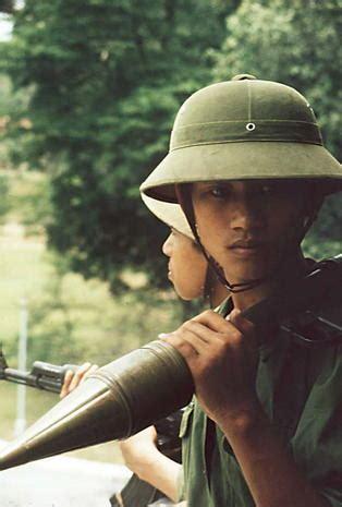 fall  saigon vietnam     pictures