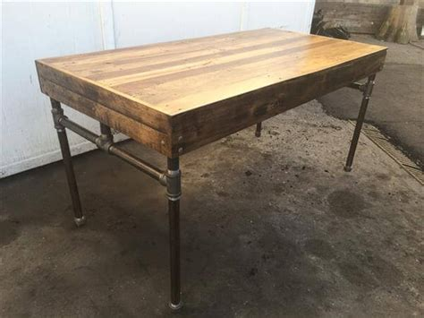 iron pipe desk plans wood pallet desk with iron pipe base 101 pallets