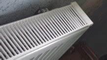 Heizkörper Sauber Machen : heizk rper reinigen flecken entfernen 7 tipps frag mutti ~ Markanthonyermac.com Haus und Dekorationen