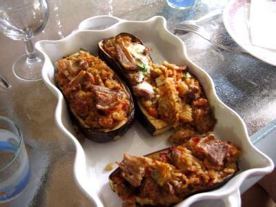 cuisine turc facile aubergines farcies et sa sauce au yaourt façon turque
