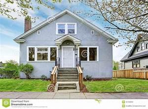 exterieur simple de maison vue de porche et de passage With maison avec porche d entree