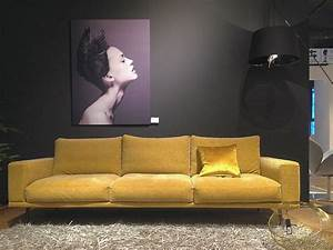 Bo Concept Berlin : gelb gold atmosph re carlton sofa von boconcept in berlin schlo strasse boconcept berlin ~ Watch28wear.com Haus und Dekorationen
