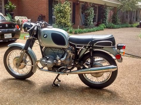 restored bmw   photographs  classic bikes