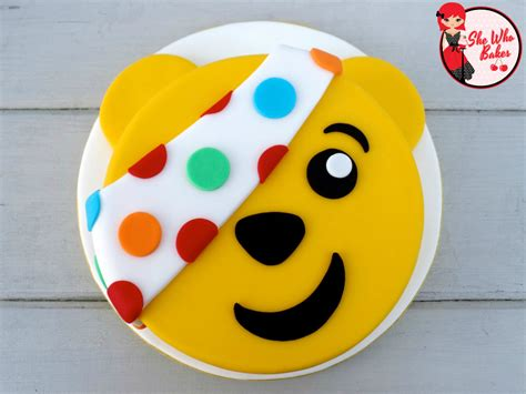happy  birthday pudsey   bakes