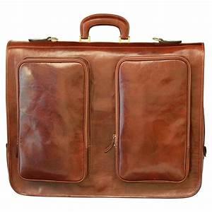 Housse Pour Canapé En Cuir : housse de voyage en cuir pour costumes old angler ~ Melissatoandfro.com Idées de Décoration