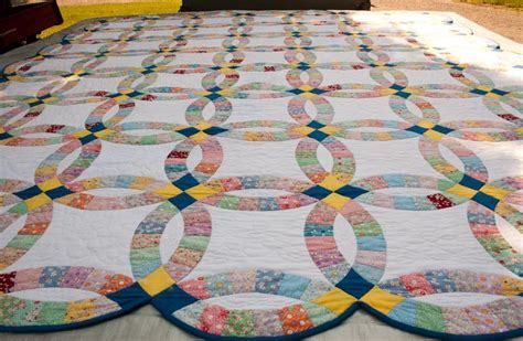 You have to see Double Wedding Ring Quilt on Craftsy!