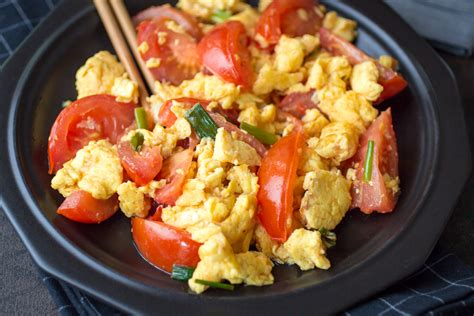 Egg And Tomato Chinese Recipe Easy Chinese Tomato Eggs Aol Lifestyle