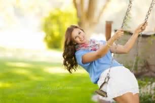 Girl Outdoor Senior Picture Ideas