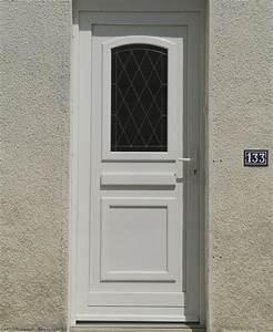 Achat de porte d39entree vitree en pvc de couleur blanche a for Porte d entrée pvc avec porte fenetre pvc couleur