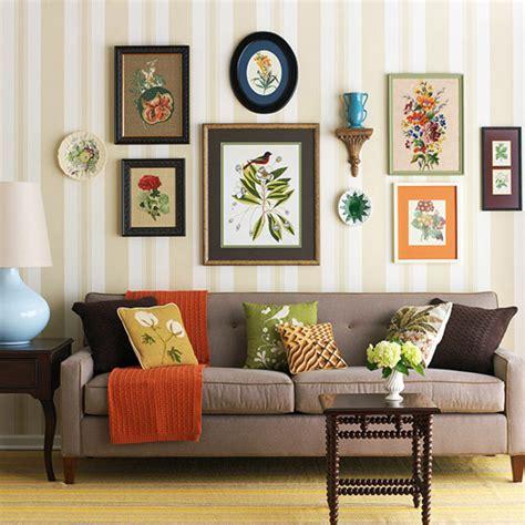 23 Frame Decor Examples For Living Room