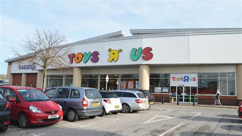 Will Lincoln Lose Its Toys 'r' Us Store?