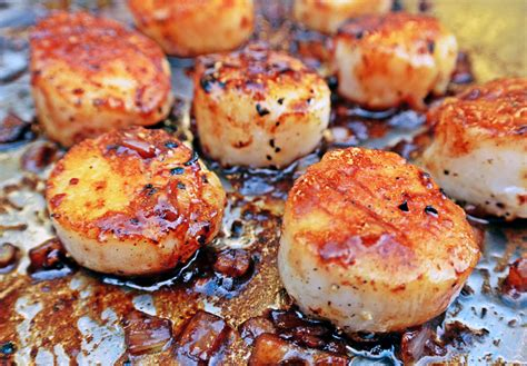 pan seared scallops pan seared scallops with white wine shallot reduction floating kitchen