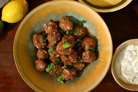 recettes de cuisine libanaise kefta libanaises au bœuf à la menthe et au cumin