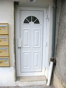 Porte D Entrée Blanche : porte pvc blanche ~ Melissatoandfro.com Idées de Décoration