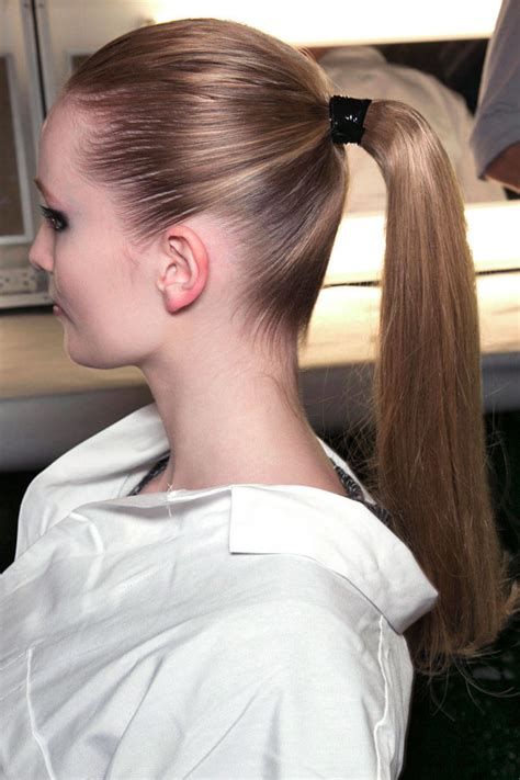 Ponytail Hairstyles by Ponytail Hairstyles How To Do A Ponytail