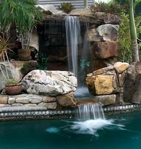 Piscine Avec Cascade : lucas lagoons ponts cascades piscine ~ Premium-room.com Idées de Décoration