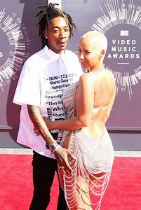 Amber Rose surrounds herself with men on dinner date just ...