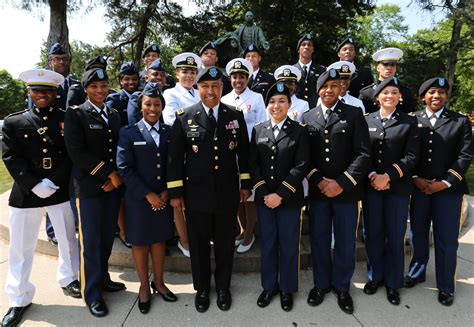 Fourstar Army General Commissions Tuskegee University's