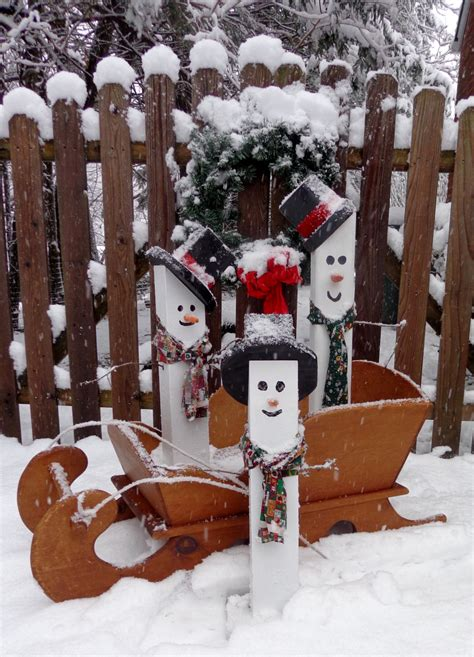 fence post snowman holiday decorations christmas holiday