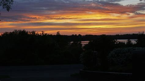 lazy dayz vacation rental  sandbanks pass  sunset