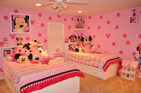minnie mouse bedroom ideas 1000 images about disney decor on disney