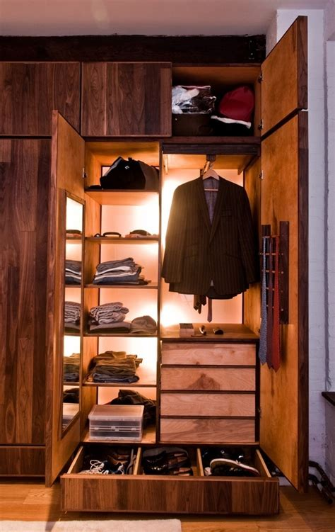 S Wardrobe Closet by 8 Best Walk In Closet Dimensions Images On