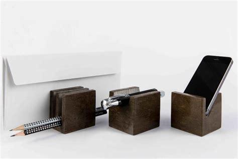 oggetti per scrivania oggetti per la scrivania di scandola marmi design manuel