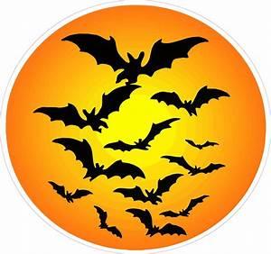 Halloween Haunted Moon with Bats Wall Decor Decal ...